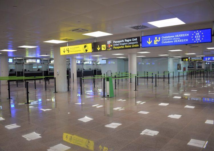 El Aeropuerto Josep Tarradellas Barcelona-El Prat pone en funcionamiento el nuevo control de pasaportes de la Terminal T1