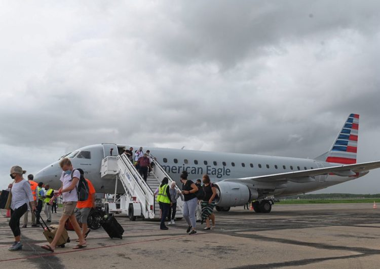 Realizan primer vuelo que conecta directamente EE.UU con Samaná