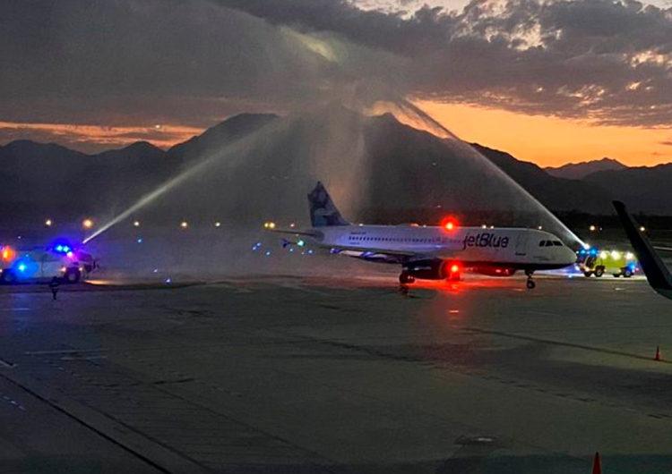 JetBlue inauguró sus vuelos a Los Cabos desde Los Ángeles y Nueva York