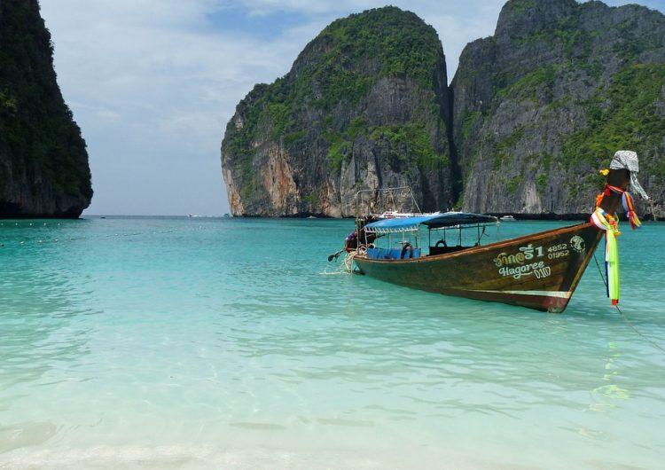 Tailandia eliminará la cuarentena para viajeros vacunados en octubre