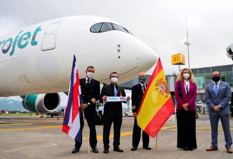 La aerolínea española Iberojet inaugura vuelos a Costa Rica