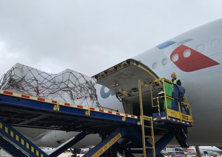 American Airlines se une a la Casa Blanca para distribuir la vacuna contra el Covid-19 a nivel mundial