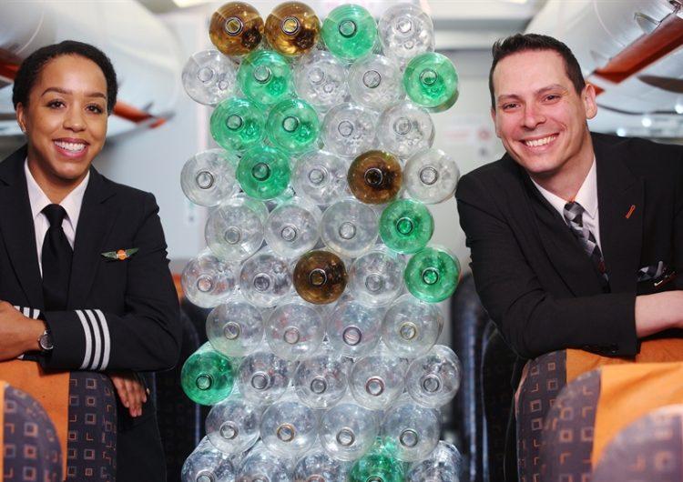 easyJet usará uniformes con botellas recicladas