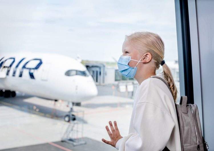 Finnair: Aerolínea prohíbe cubrebocas de tela
