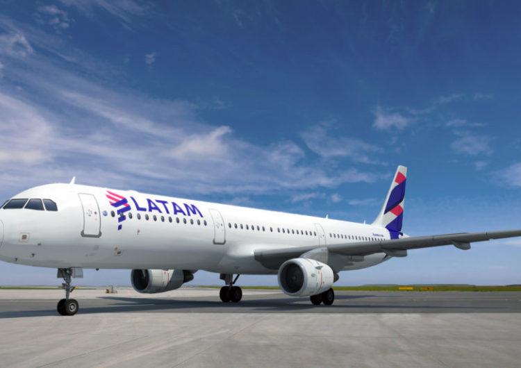 LATAM é reconhecida por passageiros como a companhia aérea líder da América do Sul em 2021