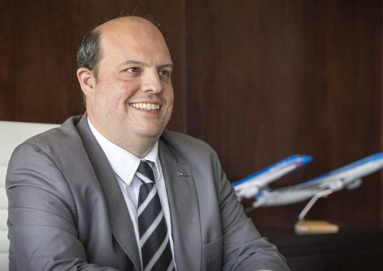 """""""Uno de los retos principales es el de ofrecer un servicio de cargas que pueda competir con otros centros de la región"""": Pablo Ceriani, Presidente de Aerolíneas Argentinas"""
