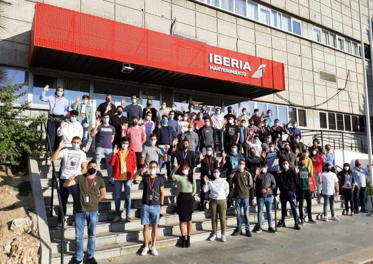52 estudiantes de Formación Profesional llegan a las instalaciones de Iberia Mantenimiento