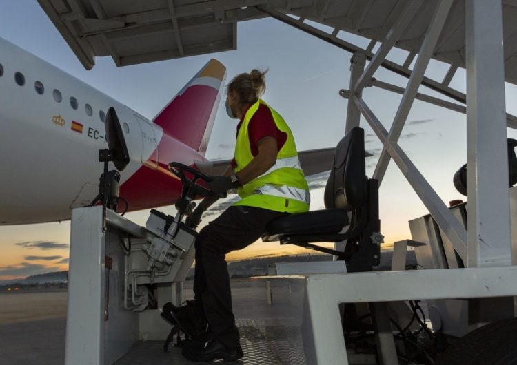 Iberia Airport Services atendió este verano a cerca de 23 millones de pasajeros