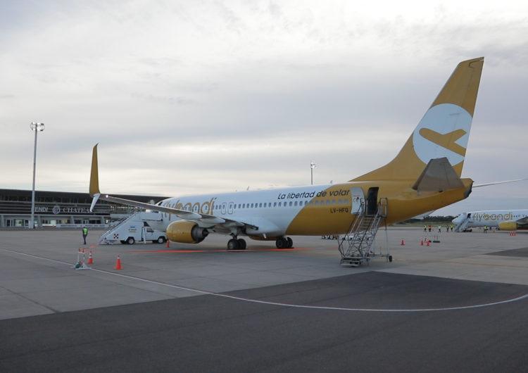 Flybondi retoma sus vuelos internacionales a Brasil y Uruguay