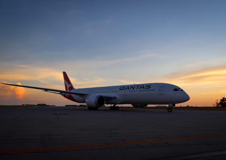 Qantas realiza su viaje más largo para repatriar australianos de Argentina