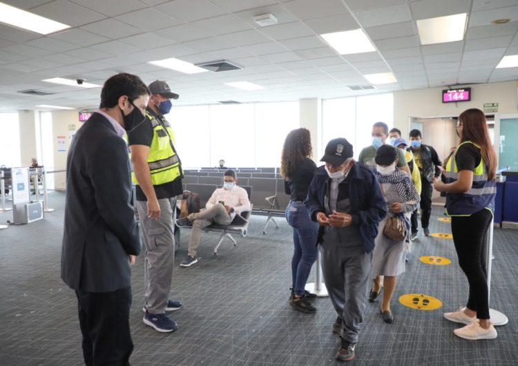 Llega a Panamá el primer vuelo de la aerolínea ecuatoriana Aeroregional